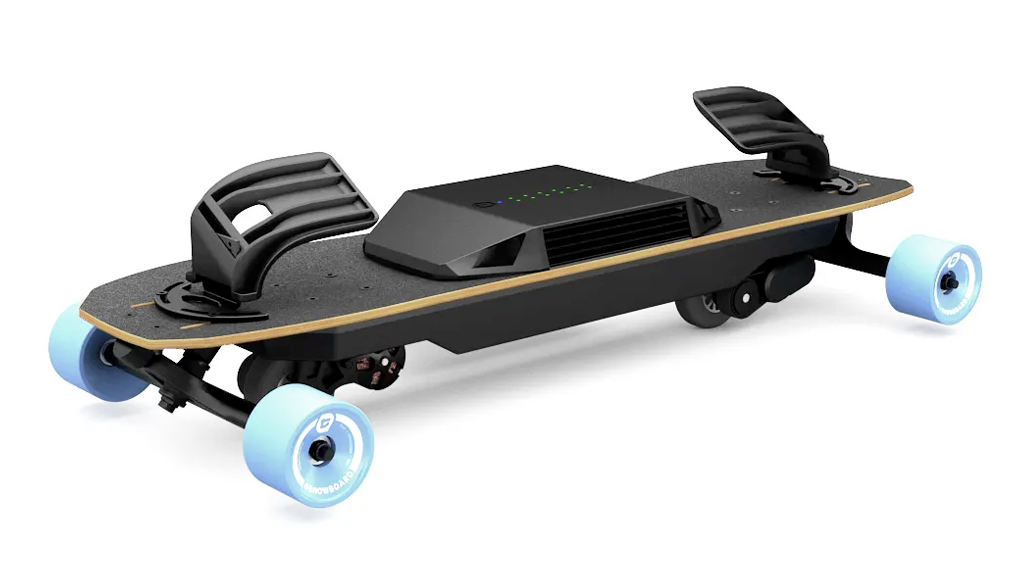 Tech Gifts 2018: Leiftech Electronic Skateboard